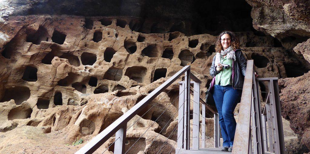 Joanne Amos, The Wandering Wordsmith in Gran Canaria