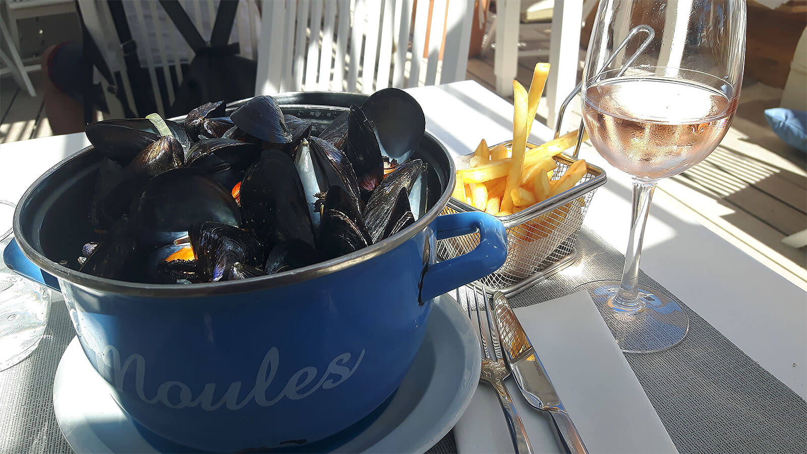 Moules frites at La Ola, Sète